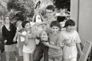 De gauche à droite : Pierre, Clément, Esteban, Paul, Arthur et (et les bras de Simon qui tiennnent la jambe d'Esteban)