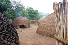 Swazi cutural Village, Mantega